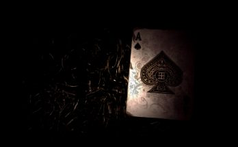 Cara Menebak Kartu Lawan Pada Permainan Poker